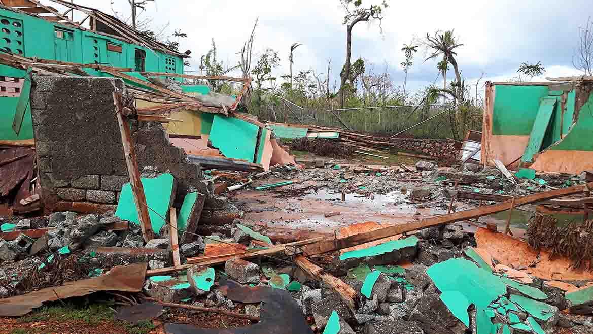 walls_damage_haiti